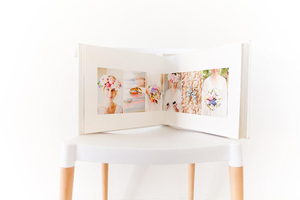 double-page-spread-wedding-album.jpg