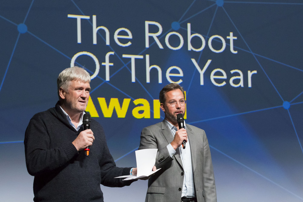 AWARD CEREMONY - REMISE DES PRIX  Bruno  Maisonnier  - Founder of AnotherBrain & mentor of The Robot Of The Year, Philippe  Nacson -  Founder The Robot Of The Year & founding partner Ai.VEN Photo Svend Andersen