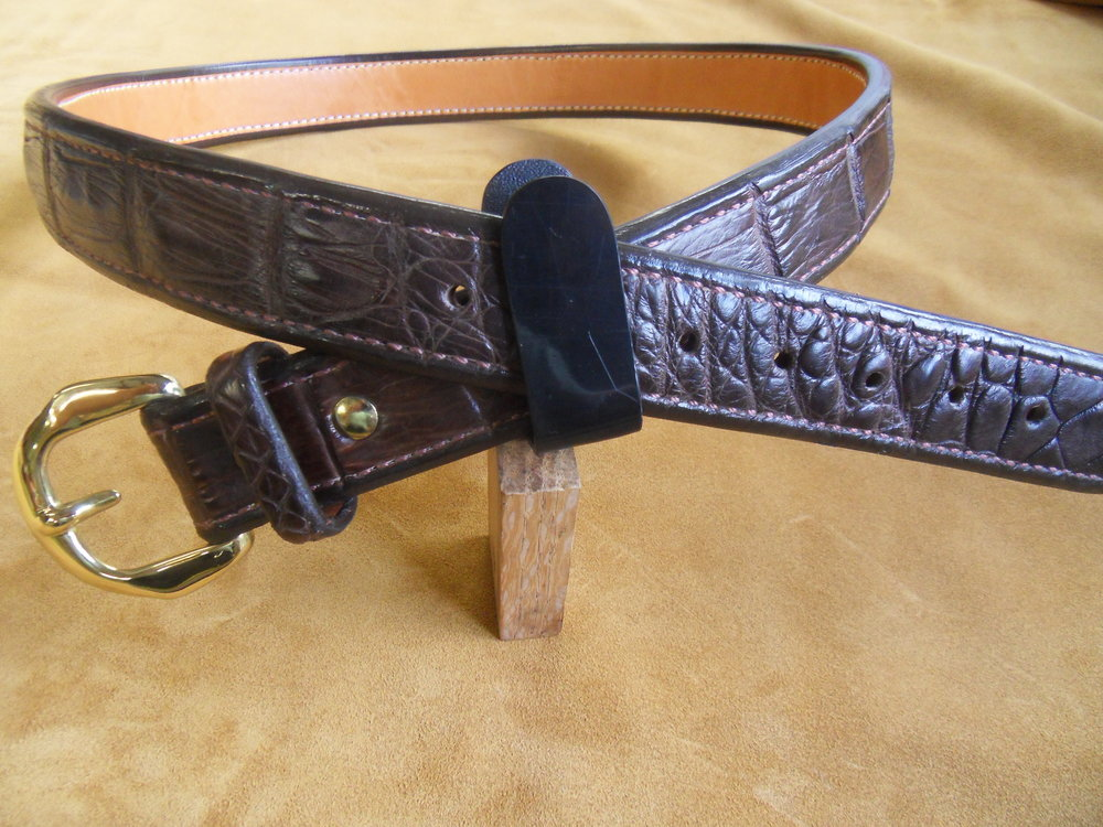 "9190 - 1 1/2"" Chocolate Gator, 41"" Waist, $500.00"