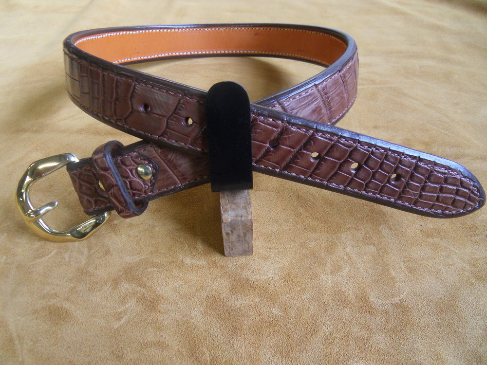 "9194 - 1 1/2"" Cocoa Brown Gator, 33"" Waist, $500.00"