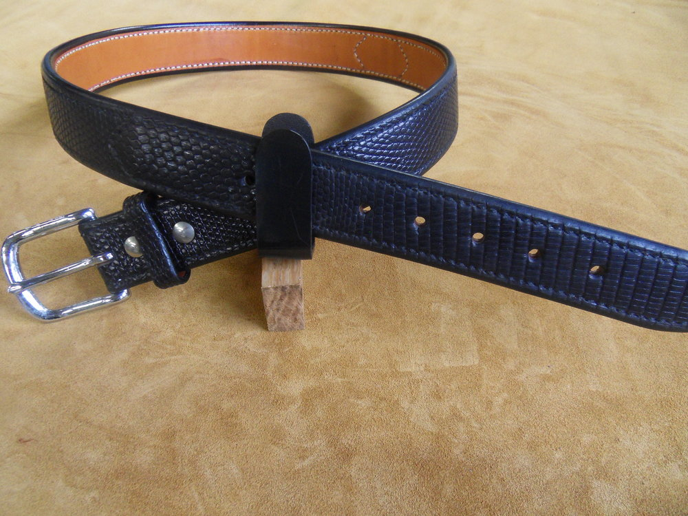 "9204 - 1 1/2"" Black Monitor Lizard, 34"" Waist, $300.00"