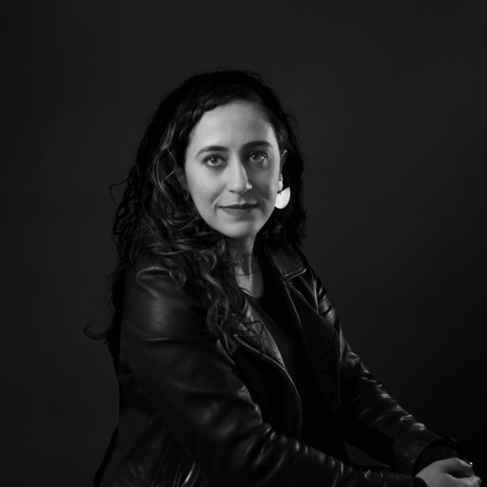 Sharona Sanieoff • @mysharonaa