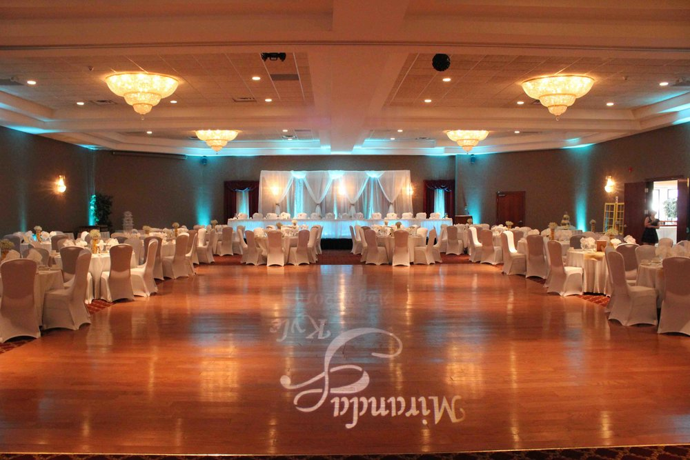 Uplighting 05 Absolute Sounds absolute_sounds_wedding_dj_disc jockey_photo_booth_peterborough_cobourg_durham_belleville_oshawa_whitby_ajax_pickering_kawartha_lighting_mc.jpg