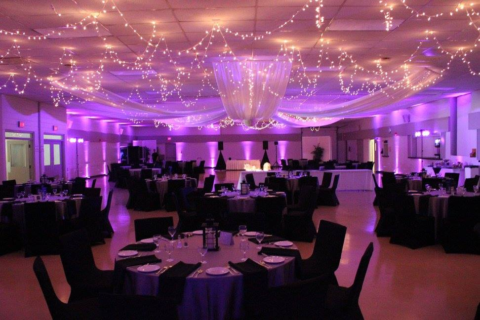 Uplighting 01 Absolute Sounds absolute_sounds_wedding_dj_disc jockey_photo_booth_peterborough_cobourg_durham_belleville_oshawa_whitby_ajax_pickering_kawartha_lighting_mc.jpg