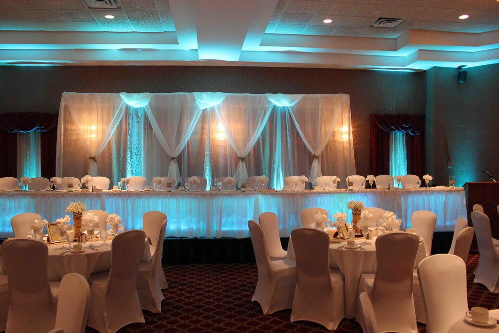 Uplighting 03 Absolute Sounds absolute_sounds_wedding_dj_disc jockey_photo_booth_peterborough_cobourg_durham_belleville_oshawa_whitby_ajax_pickering_kawartha_lighting_mc.jpg