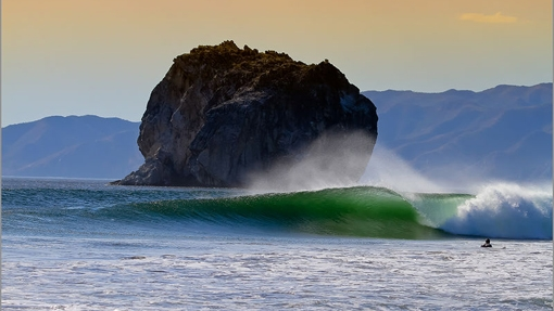 Surfing - Witches rock