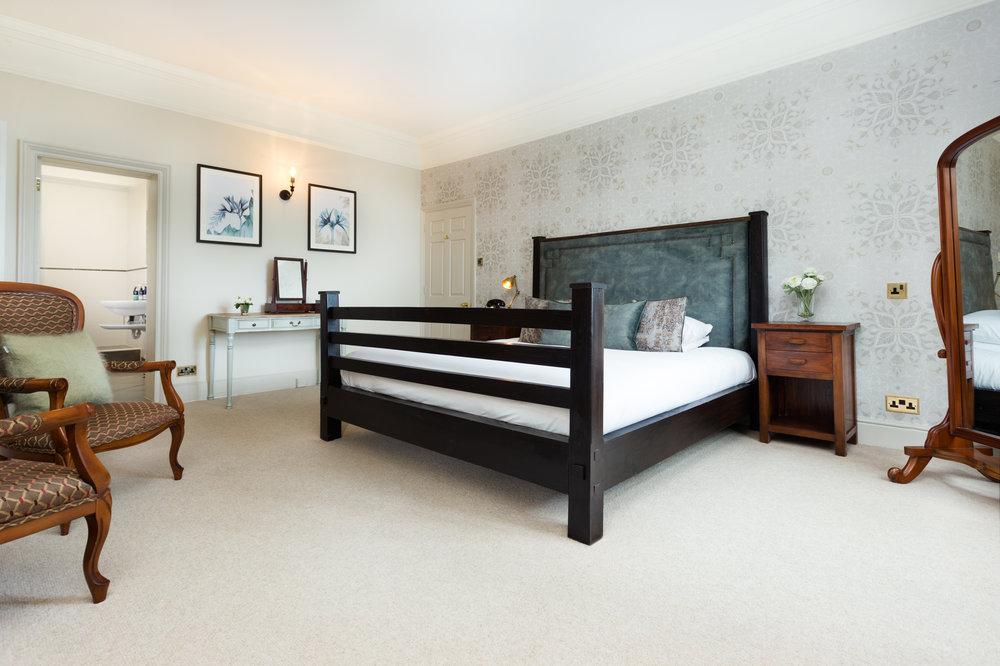 Stanton Manor-Room-One.jpg
