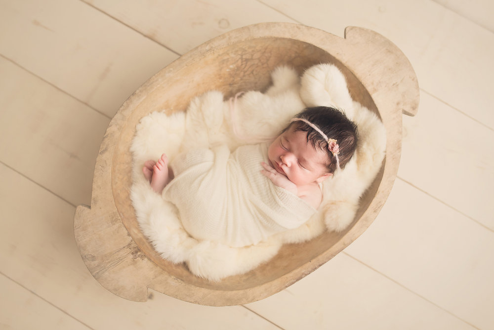 maryland_newborn_photographer_simple_organic.jpg