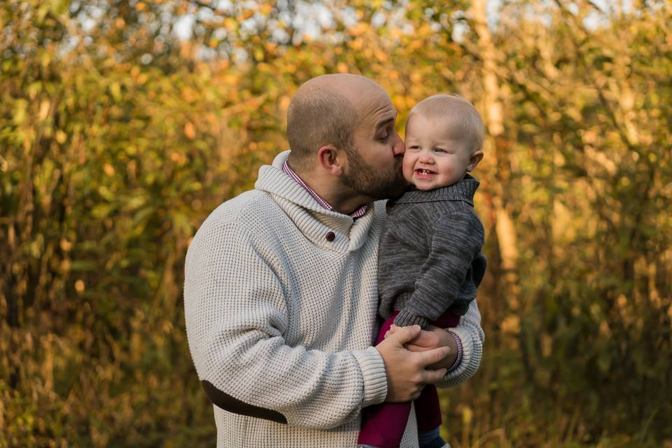 father son lifestyle family field photo louisville photographer