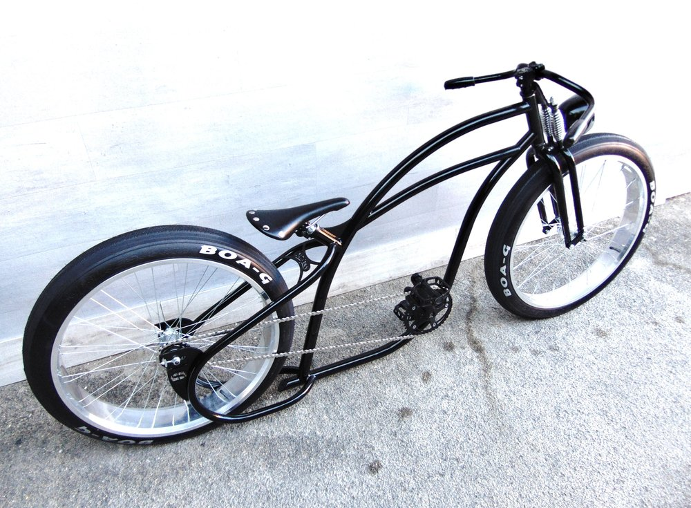 Oldster-Board-Tracker-Black-Monark_6_custom_shopper_beach_cruiser 2.jpg