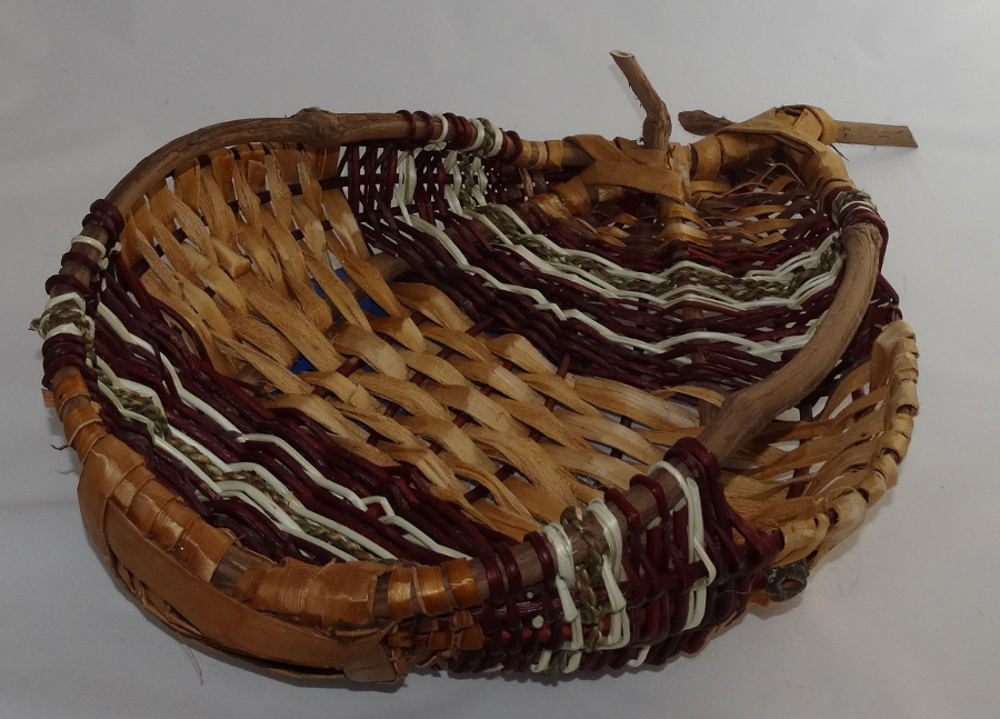 Open asymetrical basket.JPG