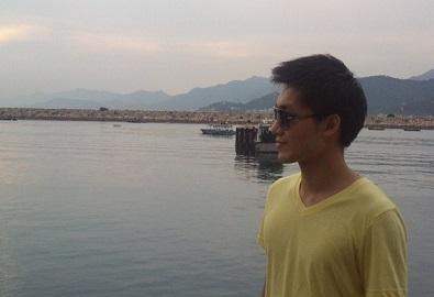 - 作者簡介:張承禧,嶺南大學中文文學碩士。現於出版社工作,研究興趣為香港文學與中國現、當代文學,評論曾收入《本土、邊緣與他者》一書。