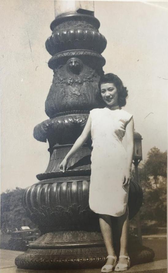 黃慶雲少女時代