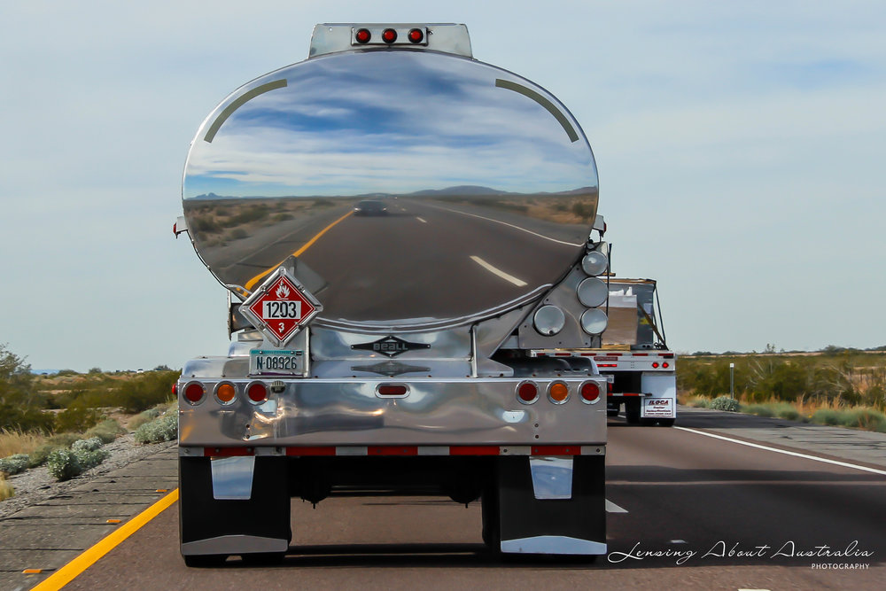 Mobile reflection, fuel tanker somewhere in Arizona, USA. Canon EOS 600D, 55mm, ISO 100, f10, 1/250sec.