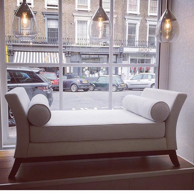 We are doing a flash sale on our daybed. Message us or pop into the shop for the sale price 💥 • • • #daybed #windowsdisplay #newthingsarecoming #fabric #jab #love #comfort #luxury #bespoke #furniture #bespokefurniture #classic #piece #lighting #primrosehill #london #hamsptead #stunning #elegant #bedroom #lounge #instainteriors #instastyle #interiordesign #designer