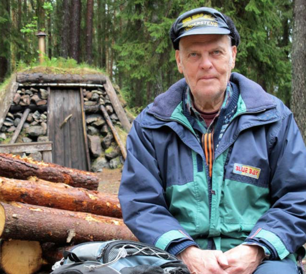 Berndt-Olof Johansson, retired forest worker. He was part of a team who constructed the forest huts at Kolarbyn. He was also in charge for the charcoaling here until 2015.