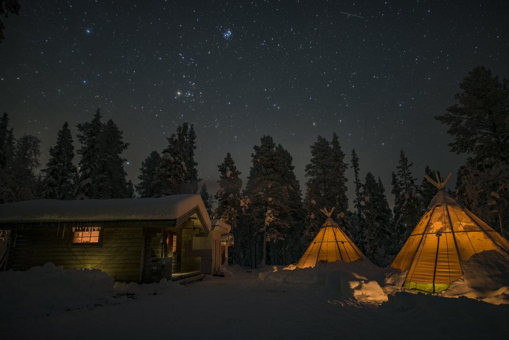 Glamping in Swedish Lapland. Photo: Lennart Pittja