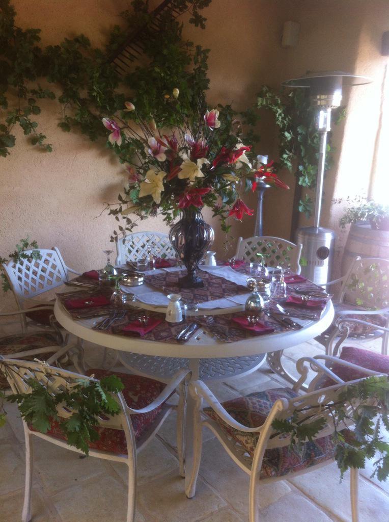 La Verriere outside dining