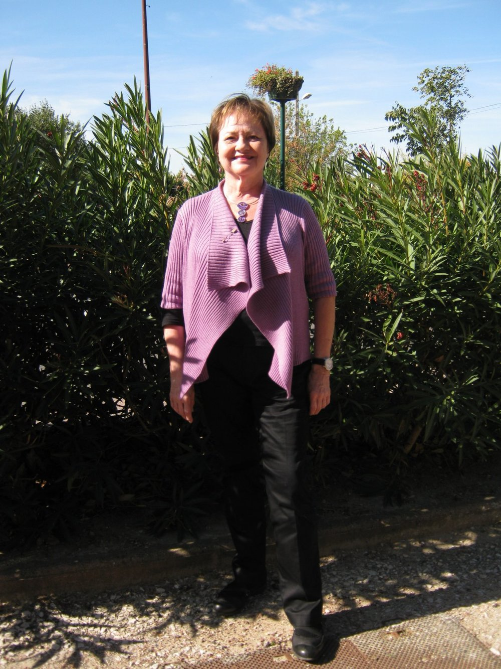 SHARON - Hospitality coordinator. With more than a decade of experience in the hospitality industry to round off a career in tech, Sharon is on hand to coordinate any parts of your stay that are not covered by Sylviane, such as facilitating your visit, arranging winery visits and other activities in anticipation of your stay.