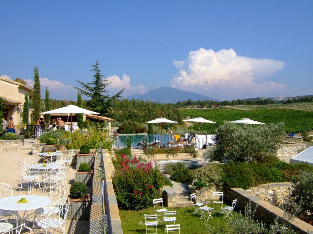 La Verriere pool area