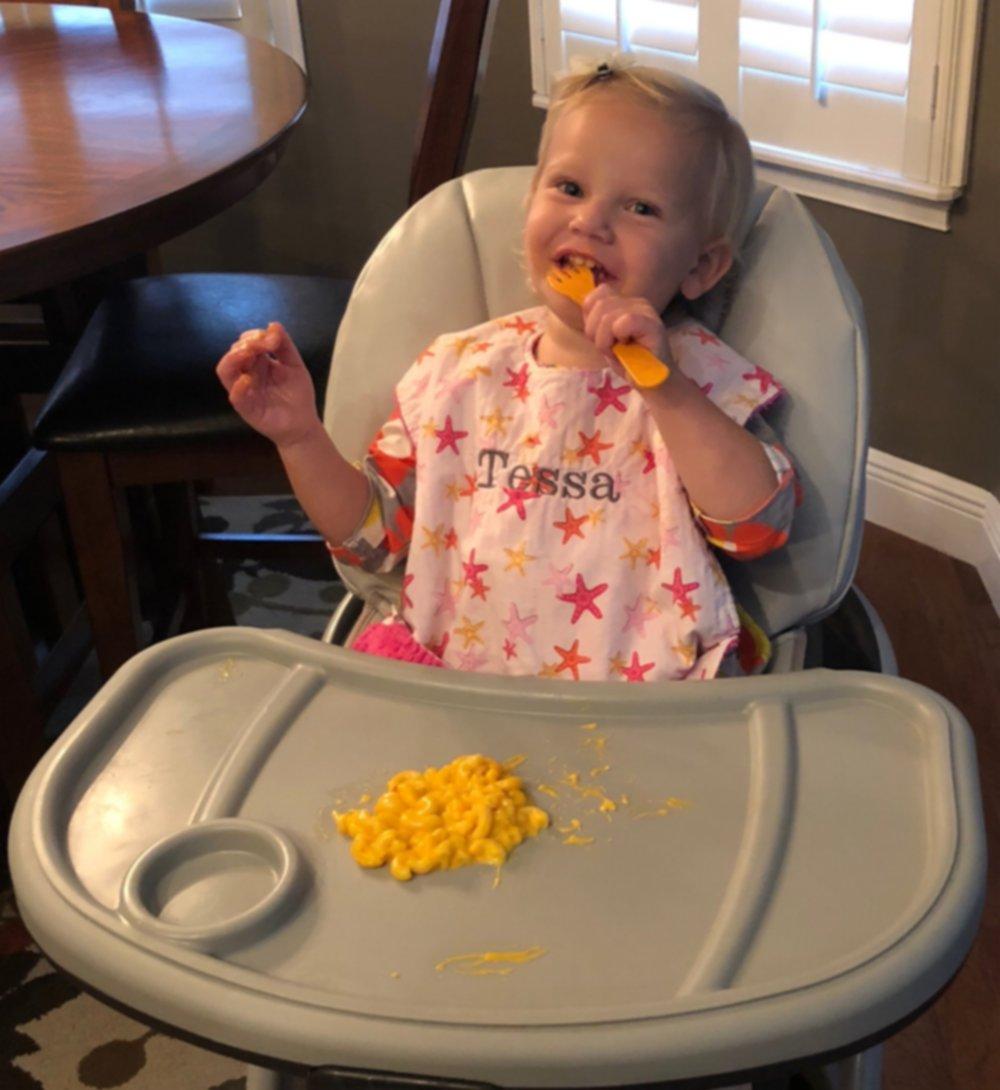Messy bib, clean toddler!