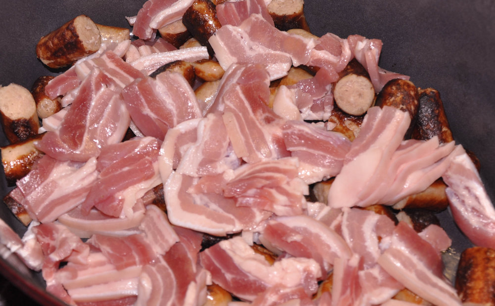 Coddle Adding rashers.jpg