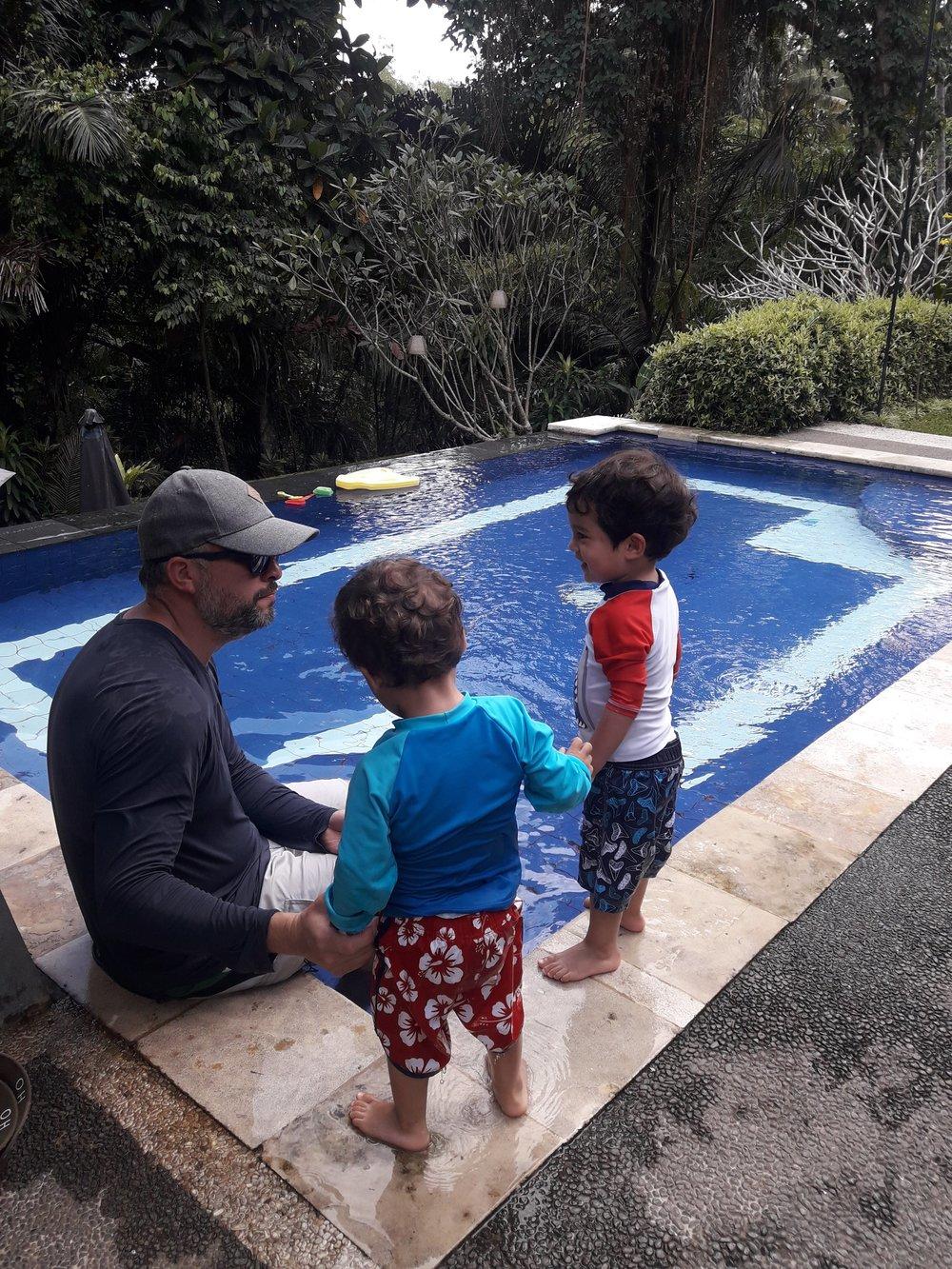 Piscina de crianças do Alas Petulu Cottage