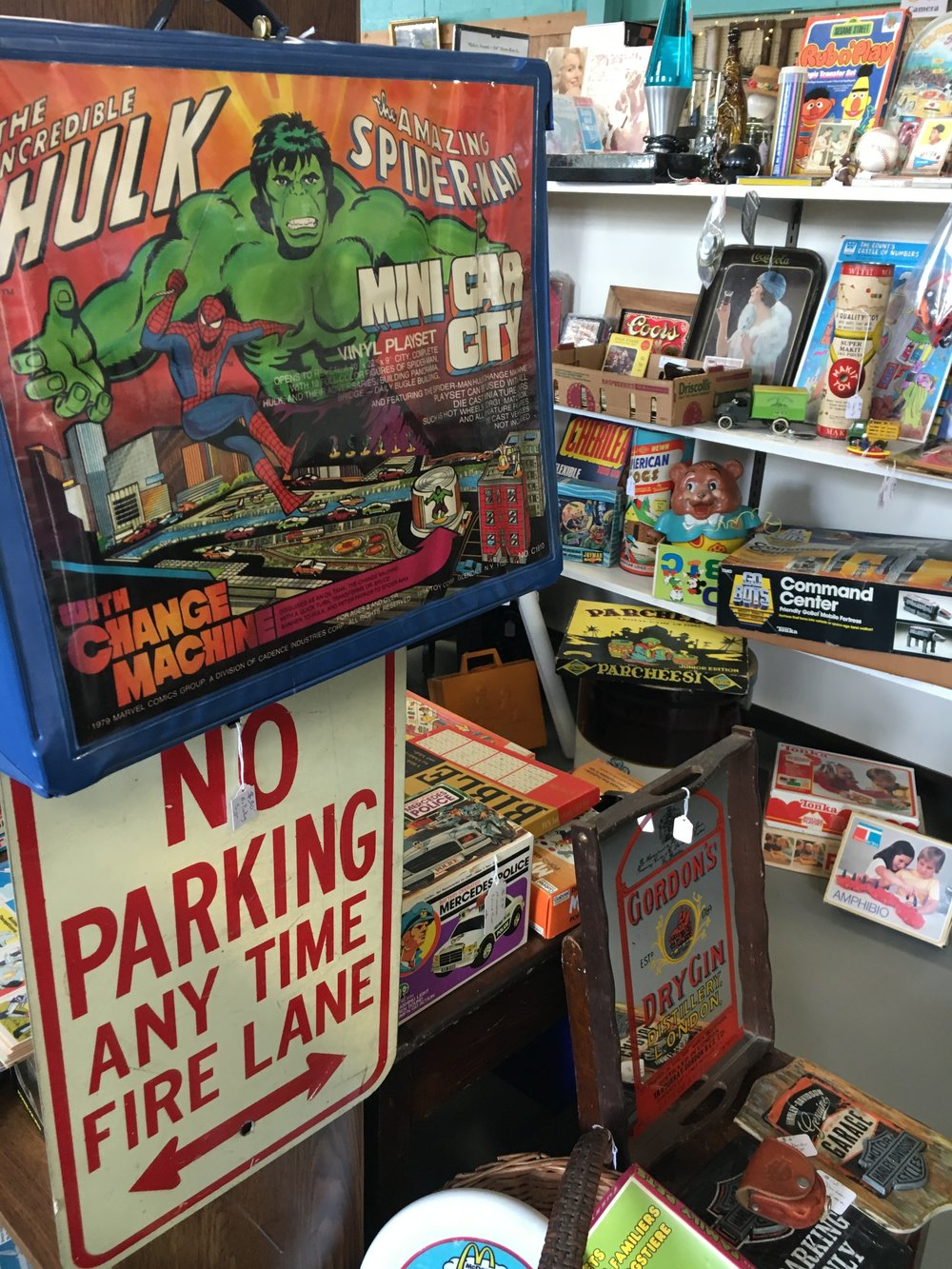 ANDtiques - A variety of antique finds, collectibles and vintage toys.