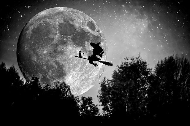 witch-949055_640.jpg