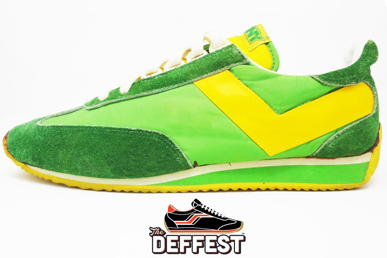 sprint running shoes