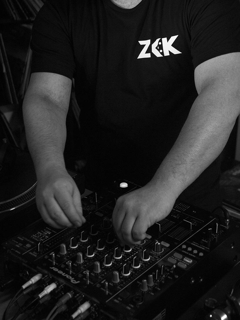 ZKK_front