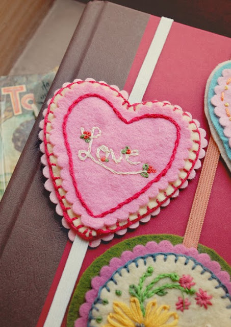 heart felt bookmark love smaller.jpg