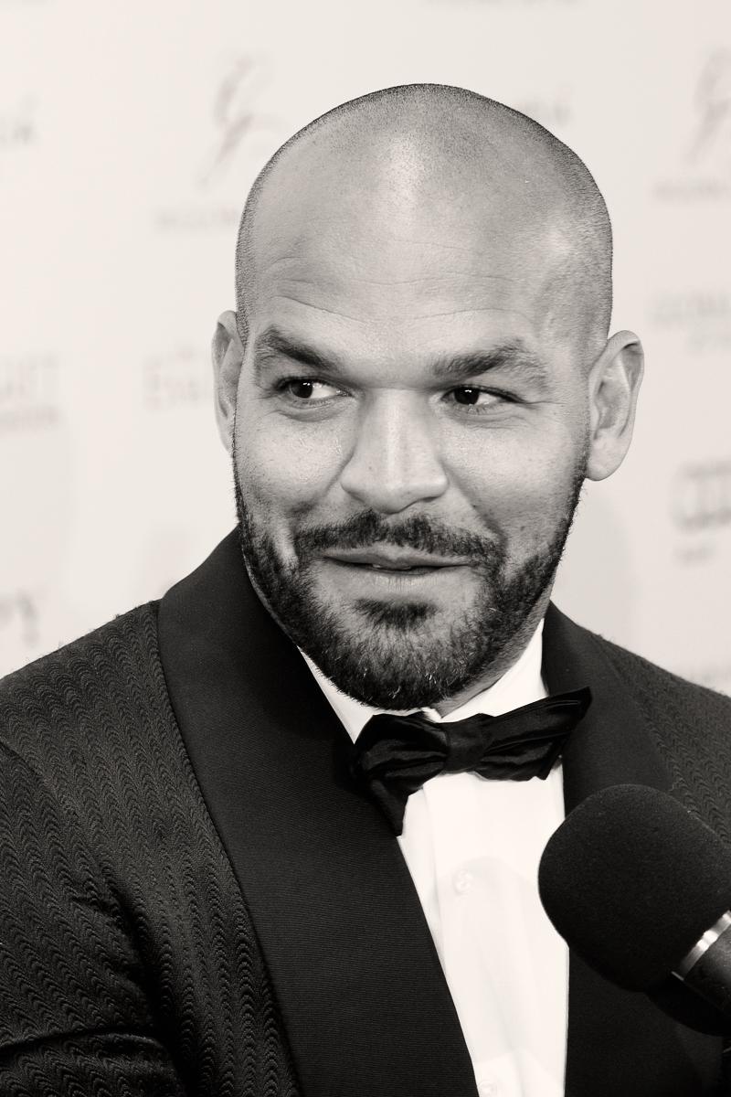 Sr-Erreka-Photo-Amaury-Nolasco-Gala-Global-Gift-Gran-Melia-Don-Pepe-Photocall-Hollywood-actor.jpg
