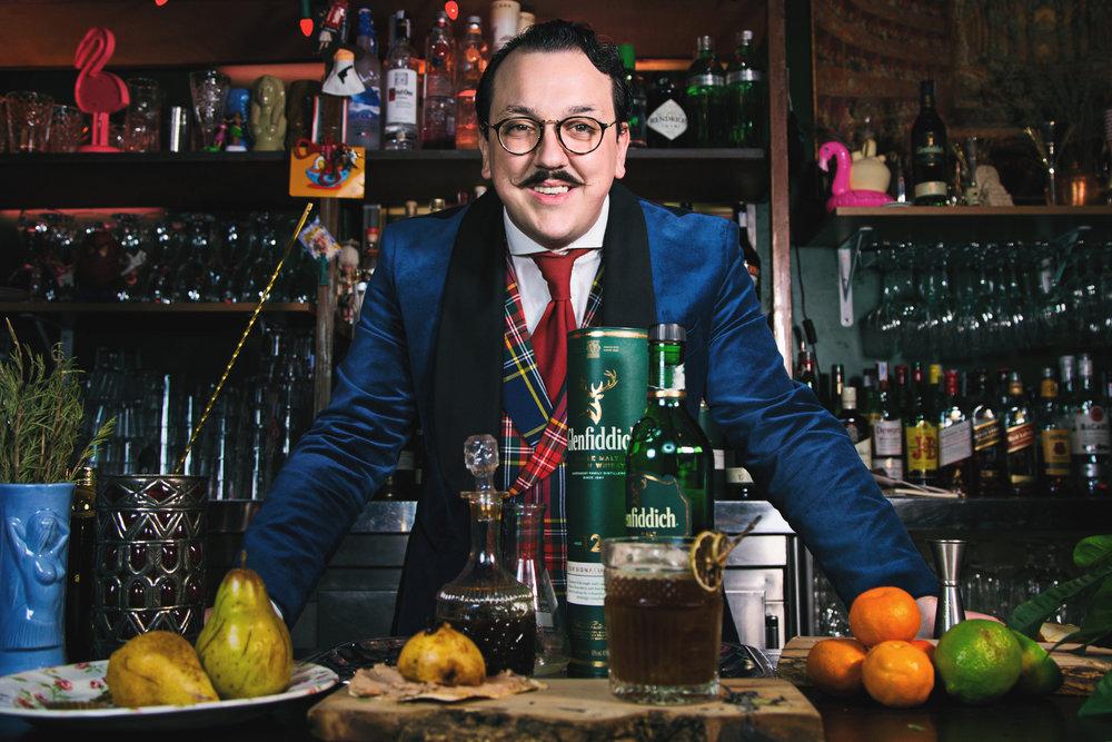 Cocktails-Bar-Distrito-Cordoba-Spain-Santiago-Madueño-mixology-Glenfiddich-scotch-whisky-commercial-product-photo---Sr-Erreka-commercial-filmmaker-photographer-Spain.jpg