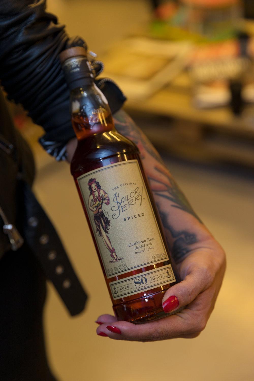 sailor jerry spiced rum bottle tatoo Sr Erreka photo films3D5A0473.jpg