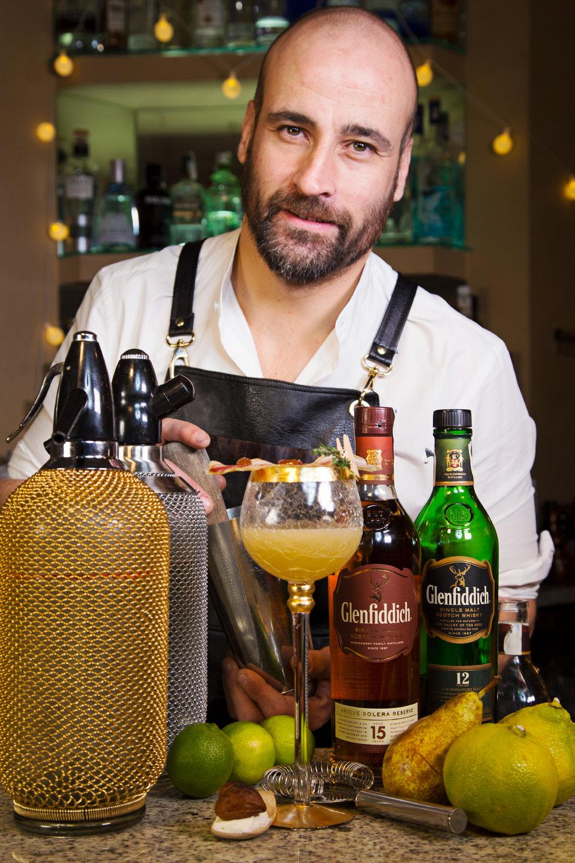 David-Ortiz-Baobab-A-Coruña-Glenfiddich-Fusion-Sr Erreka fotografia branded content social media producto whisky.jpg