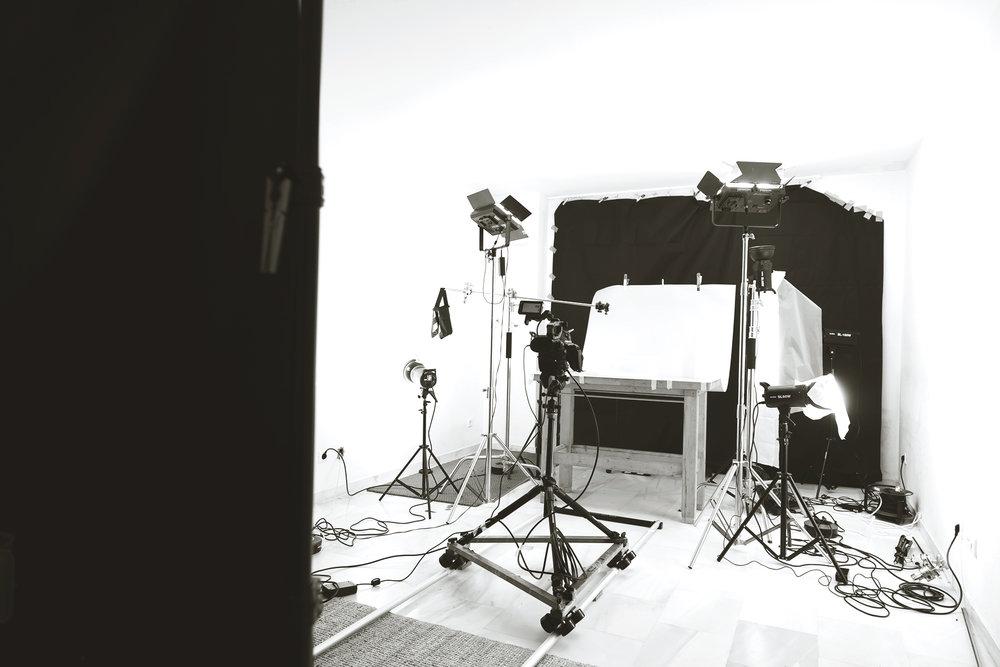 Sr-Erreka-films-photo-product-shooting-tabletop fotografia-video-de-producto-branded-content-publicidad-malaga-madrid-spain-matte-glass-vaso-mate-botellas-bebidas-cocktails-bartending-bn3D5A0377.jpg