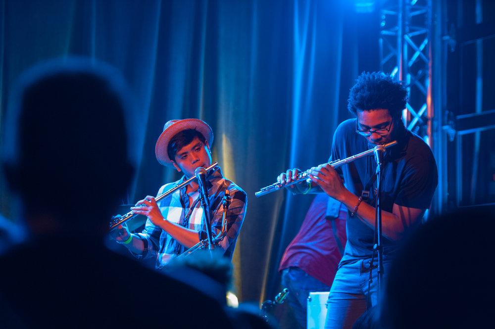 Flutes 1.jpg
