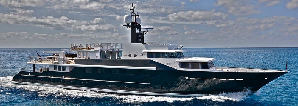 Highlander Yacht