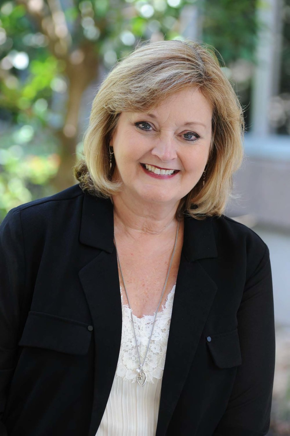 Elaine Lisenbe   Chief Financial Officer