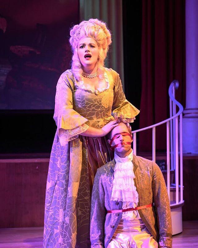 💬 Caption this. . 📷 @rosadoric 2017 (LA FINTA GIARDINIERA) . @painted_duchess @sharri1989 #throwback #operanticspresents #lafintagiardiniera #mozart #independent #opera #operantics #singer #byartistsforartists #singerlife #musician #sydney #australia #onstage