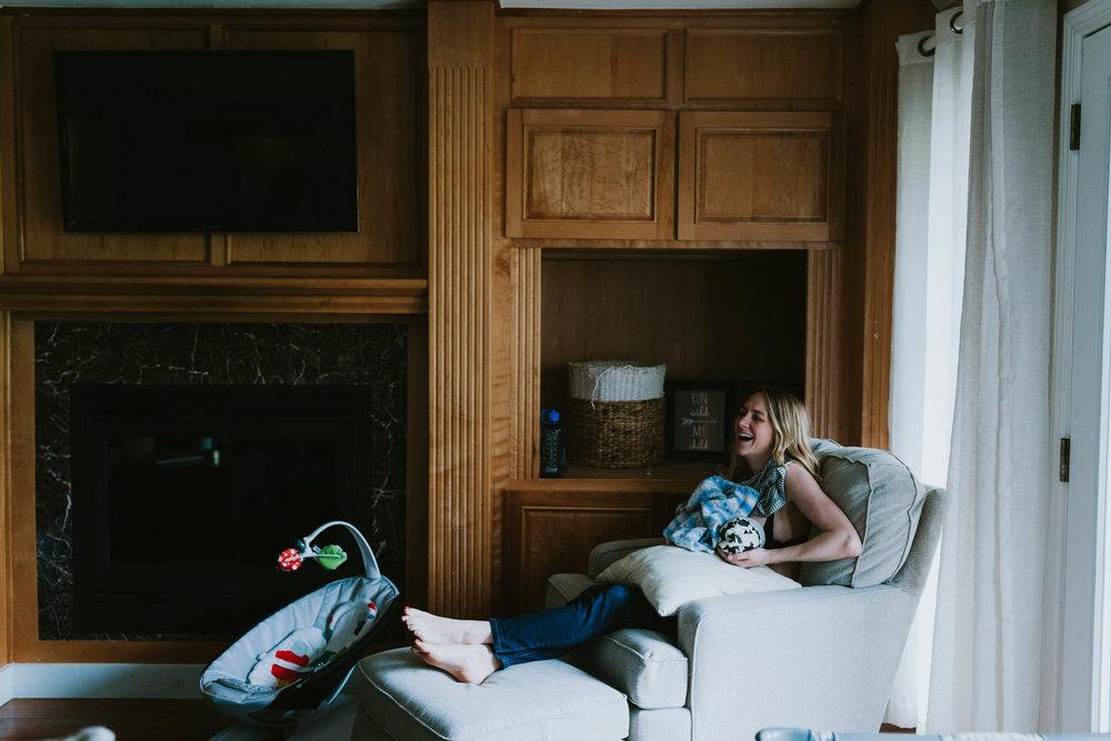 in home newborn photography issaquah - lindsay-46.jpg