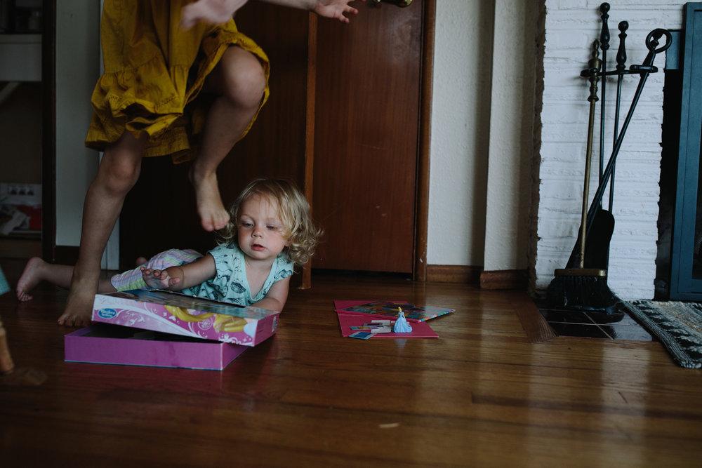 tacoma family day in the life by documentary photographer Anna Nodolf