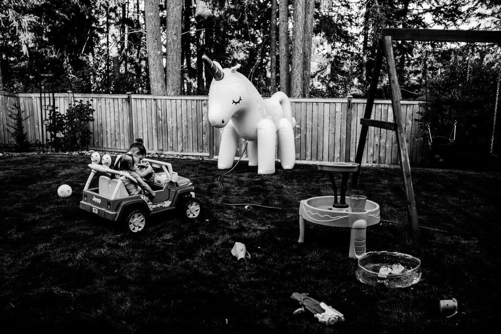 summer sprinkler mini session by seattle family photographer anna nodolf-19.jpg