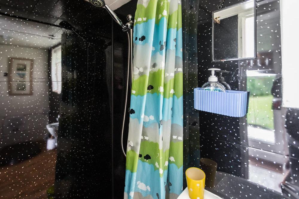 Caban Cader bathroom