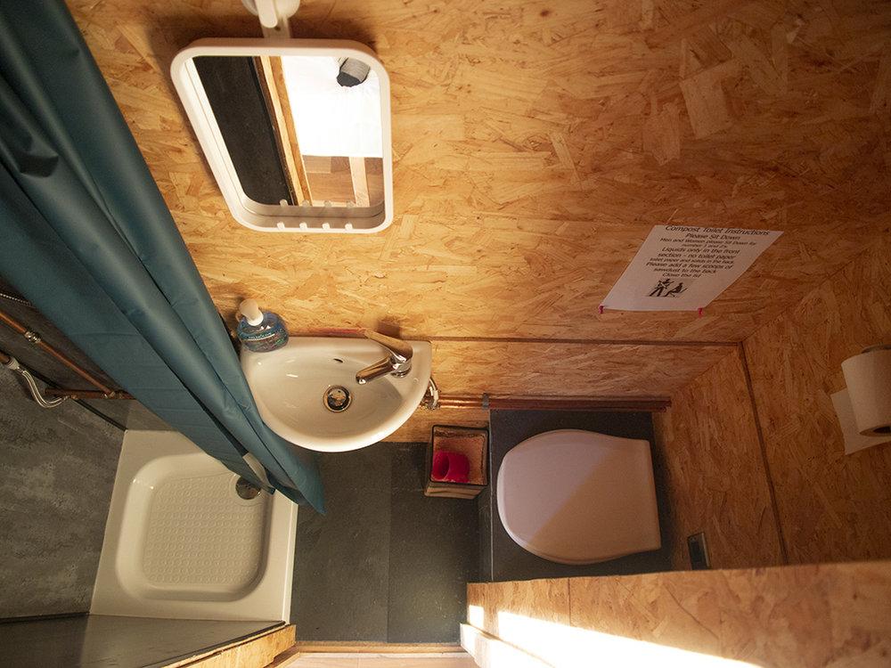 Caban-Cilfa-Bathroom
