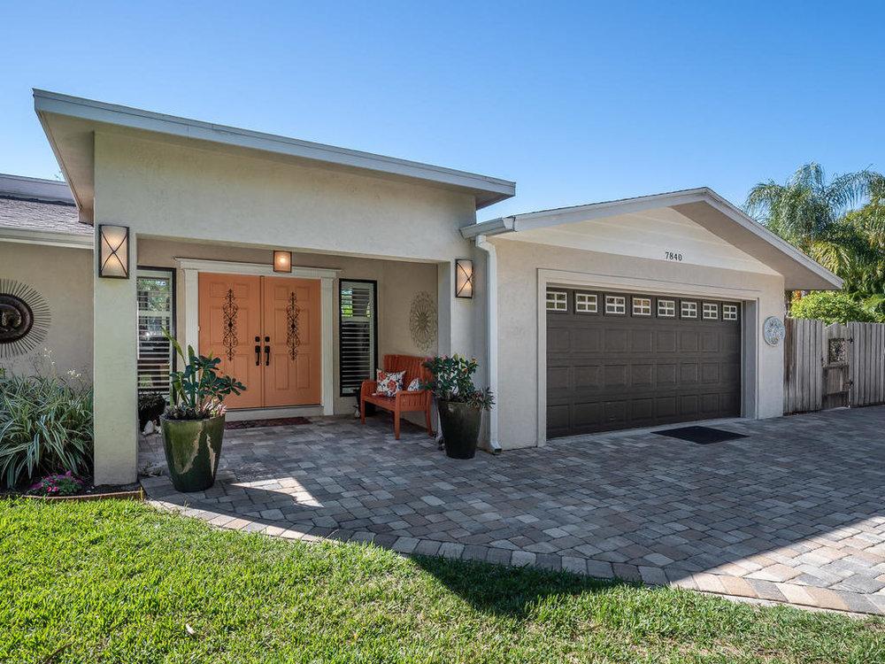 7840 Midnight Pass Rd Sarasota-004-42-Chpteam 4-MLS_Size.jpg