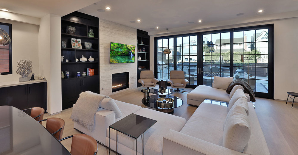 Modern-architecture-open-concept-livingroom-SiliconBay.JPG