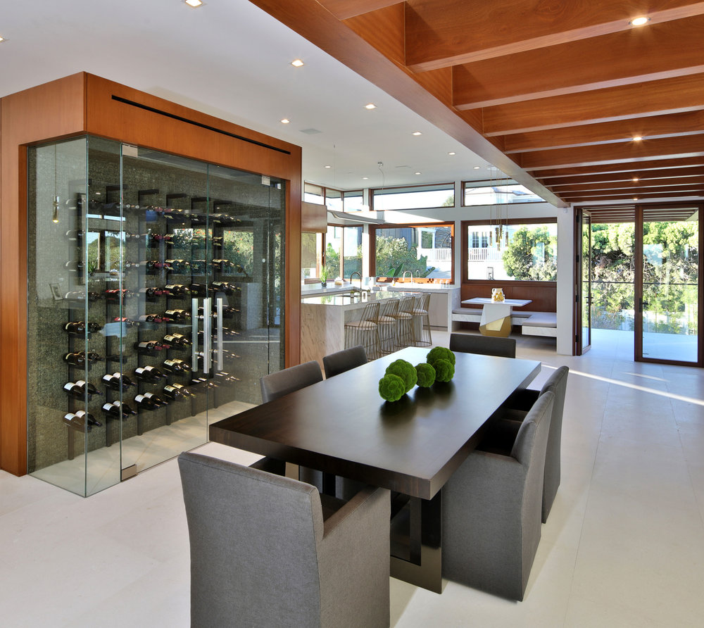 11-ManhattanBeach-open-concept-modern-dining-winerack-silicon-bay.jpg
