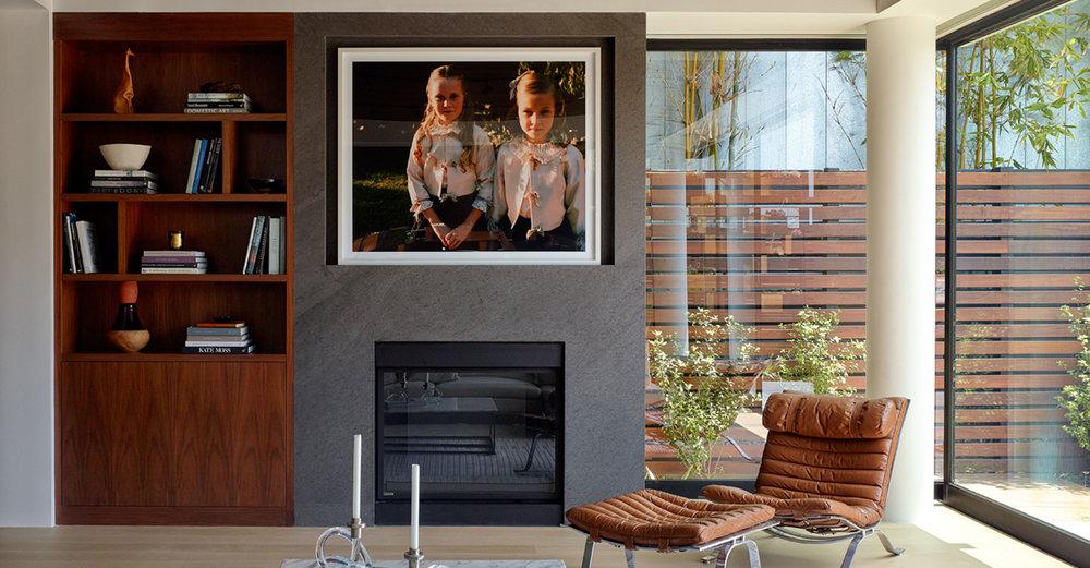3-Modern-architecture-livingroom-fireplace-SiliconBay-los-angeles.jpg